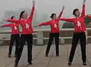 衡阳建湘广场舞再唱山歌给党听