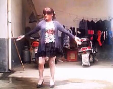 红枫广场舞等你等了那么久