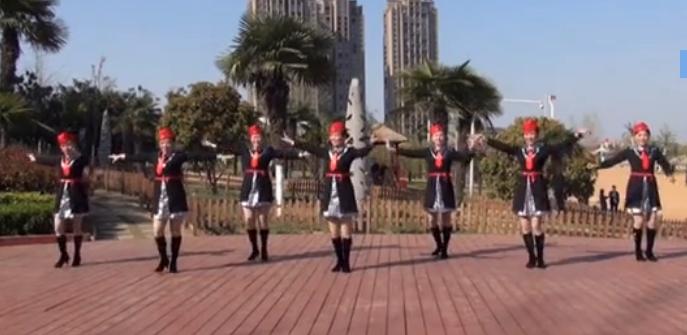 美久广场舞家在远方