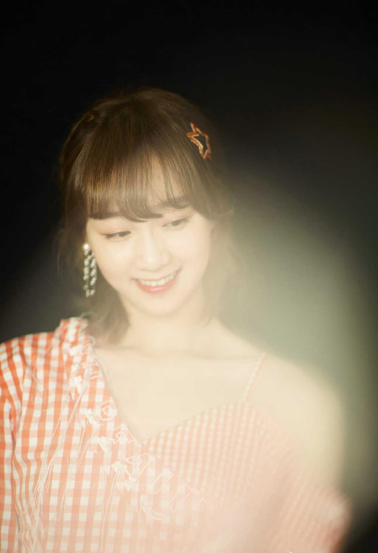 李子璇清新甜美写真图片